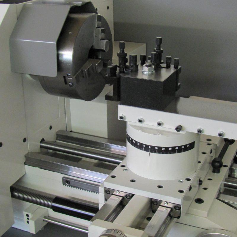 Drehmaschine K-12: Spitzenhöhe: 180 mm, Spindelbohrung 50,3 mm