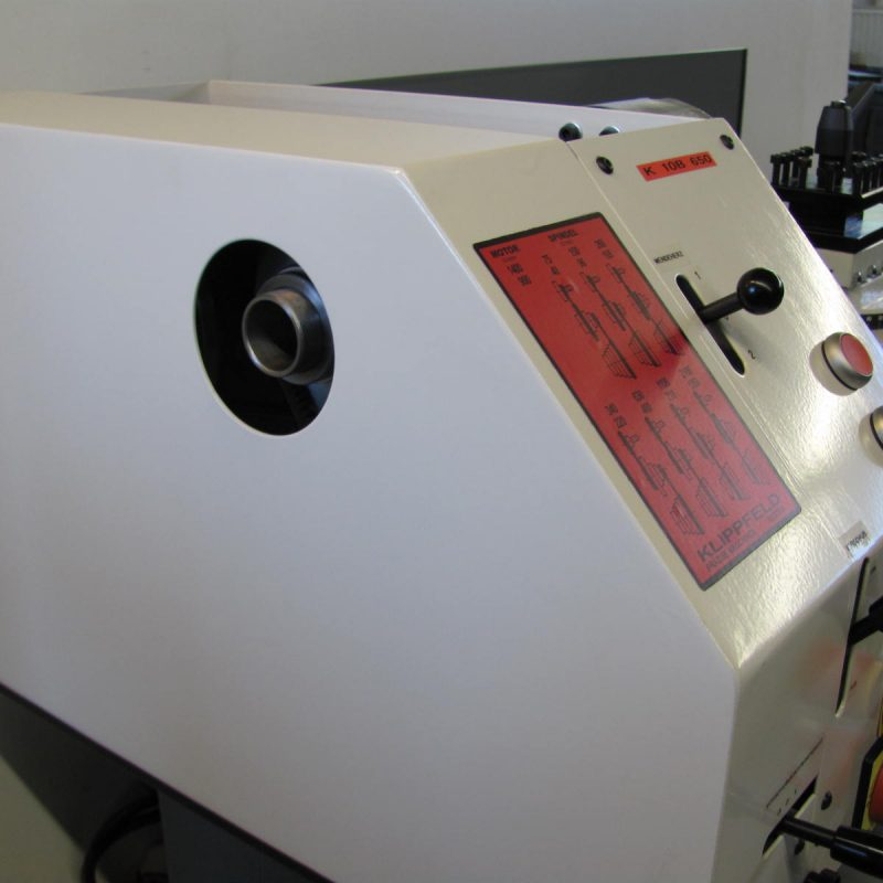 Drehmaschine K-10A: Spindelbohrung 20 mm (K-10A) oder 30,5 mm (K-10B)