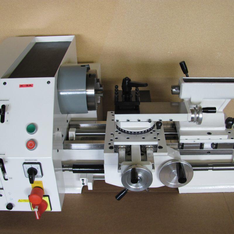 Drehmaschine K-9B: in Grundausstattung
